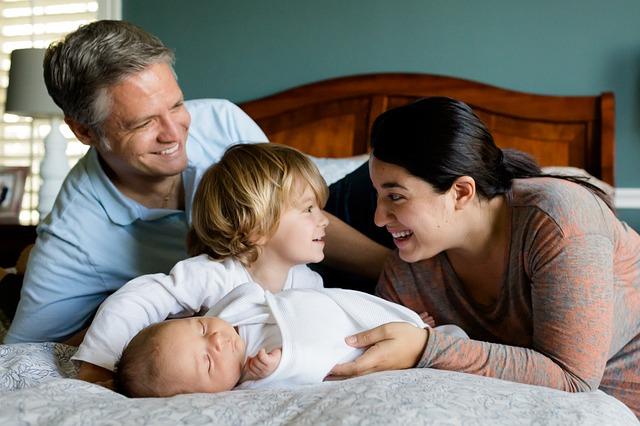 Porod_doma_otrok